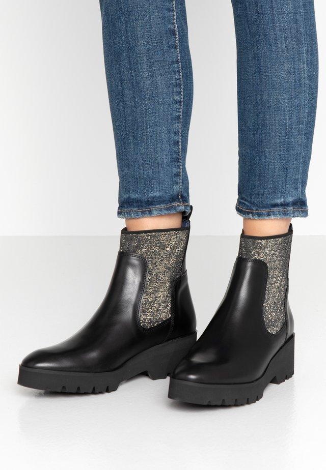 Platform ankle boots - noir