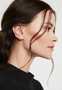P D Paola - AMELIE EARRINGS - Oorbellen - gold-coloured - 1