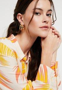 P D Paola - TRUE EARRINGS - Orecchini - gold-coloured - 1