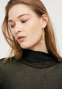 P D Paola - MUZE - Boucles d'oreilles - gold-coloured - 1