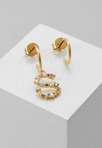 P D Paola - E EARRING - Pendientes - gold-coloured - 0