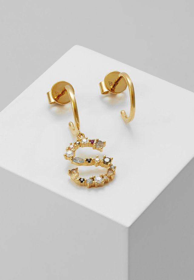 E EARRING - Kolczyki - gold-coloured