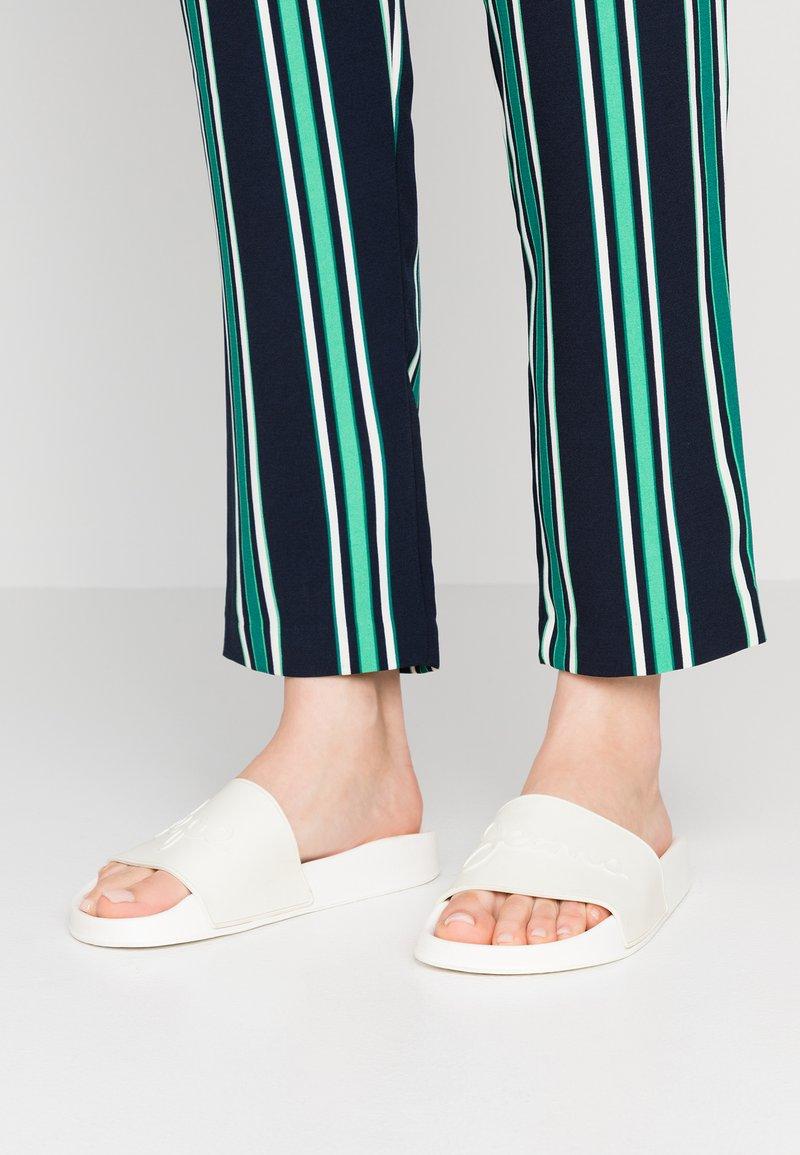 Pepe Jeans - FLAP - Chanclas de baño - offwhite