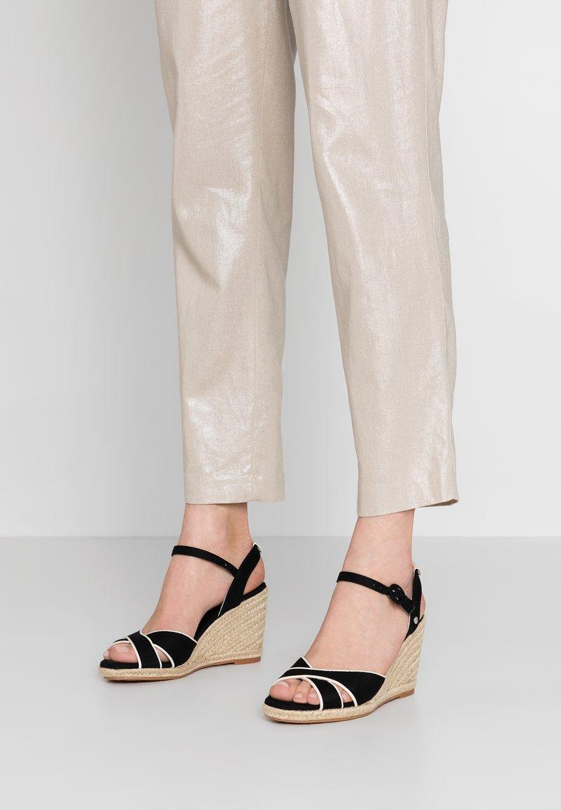 Pepe Jeans - SHARK - Højhælede sandaletter / Højhælede sandaler - black