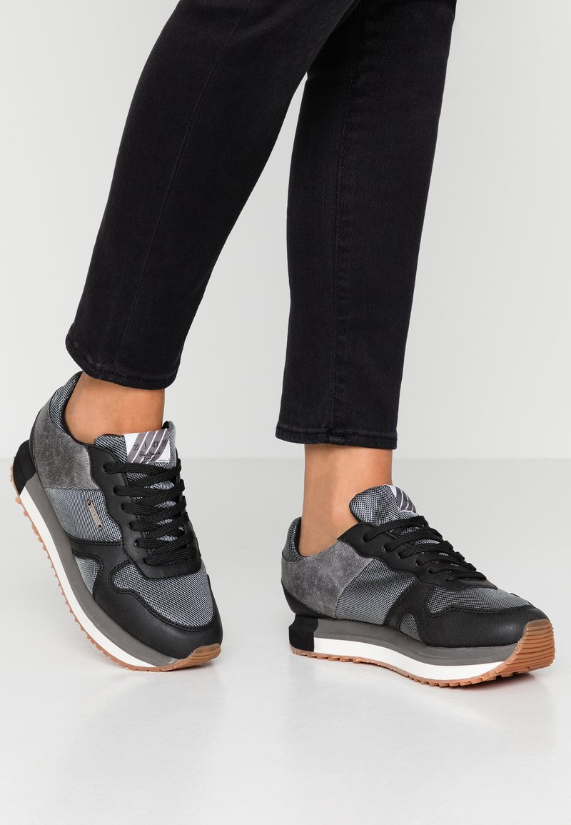 Pepe Jeans - ZION - Trainers - black