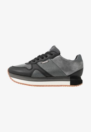 ZION - Trainers - black