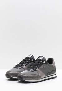 Pepe Jeans - Trainers - gray - 3