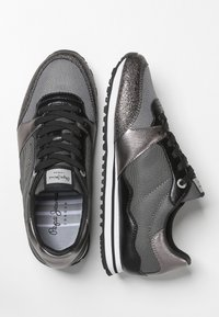 Pepe Jeans - Trainers - gray - 2