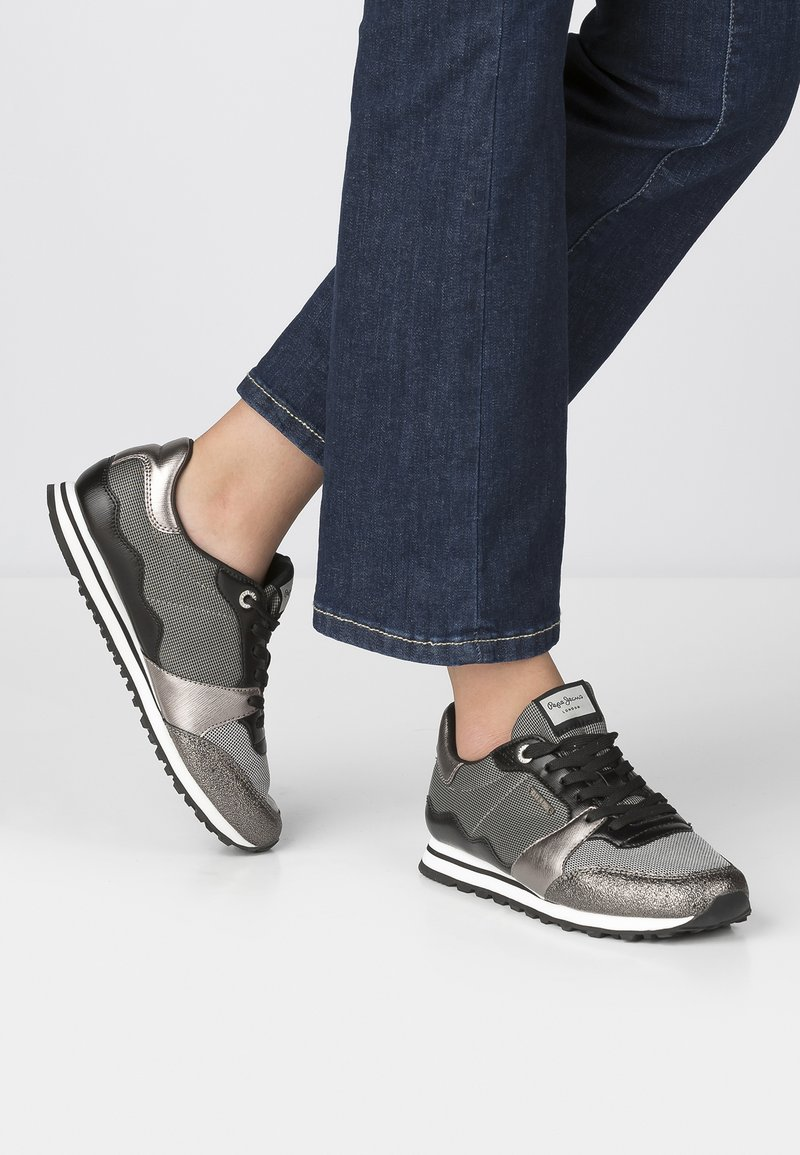 Pepe Jeans - Trainers - gray