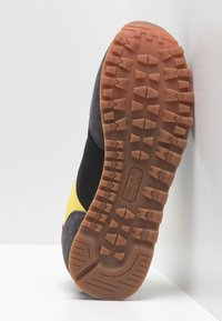 Pepe Jeans - Trainers - black - 5