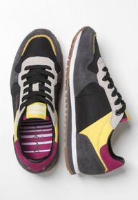 Pepe Jeans - Trainers - black - 2
