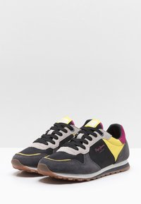 Pepe Jeans - Trainers - black - 3
