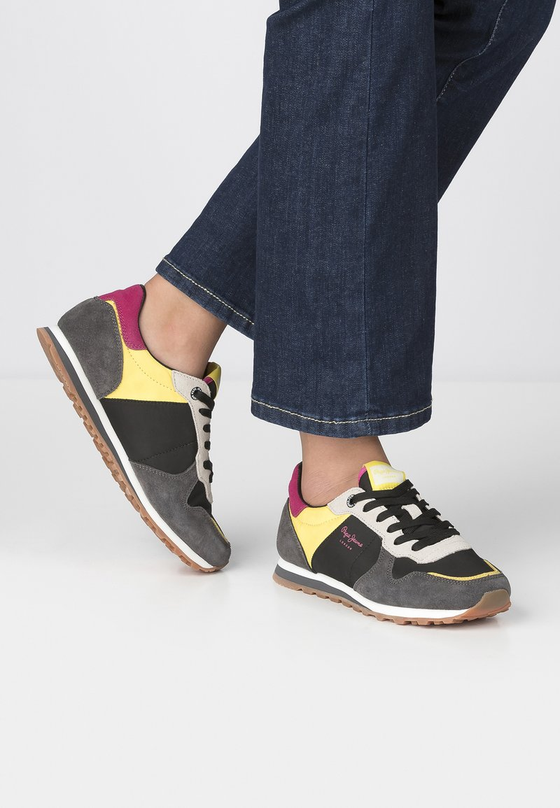 Pepe Jeans - Trainers - black