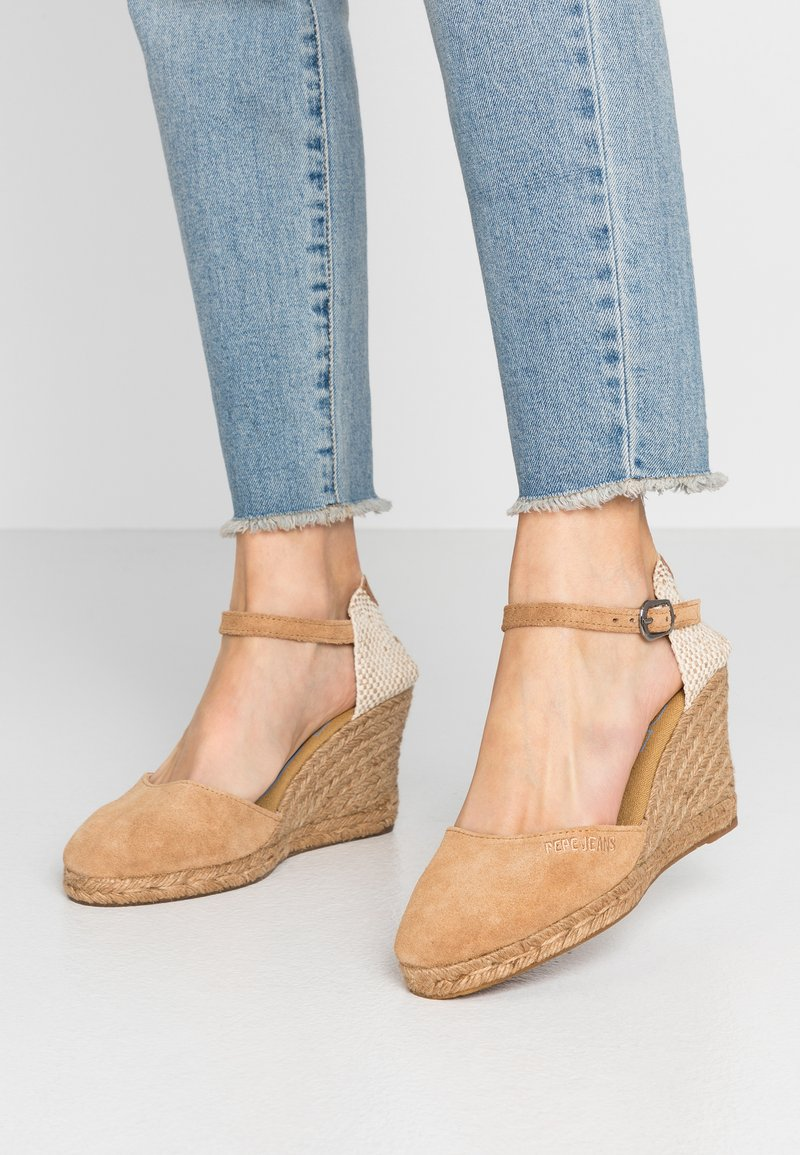 Pepe Jeans - WENDY BASS - High heeled sandals - tobacco