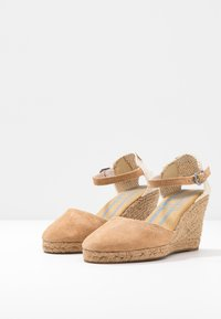Pepe Jeans - WENDY BASS - High heeled sandals - tobacco - 3