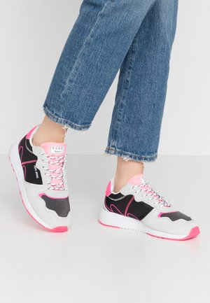 KOKO TECH - Baskets basses - neon pink