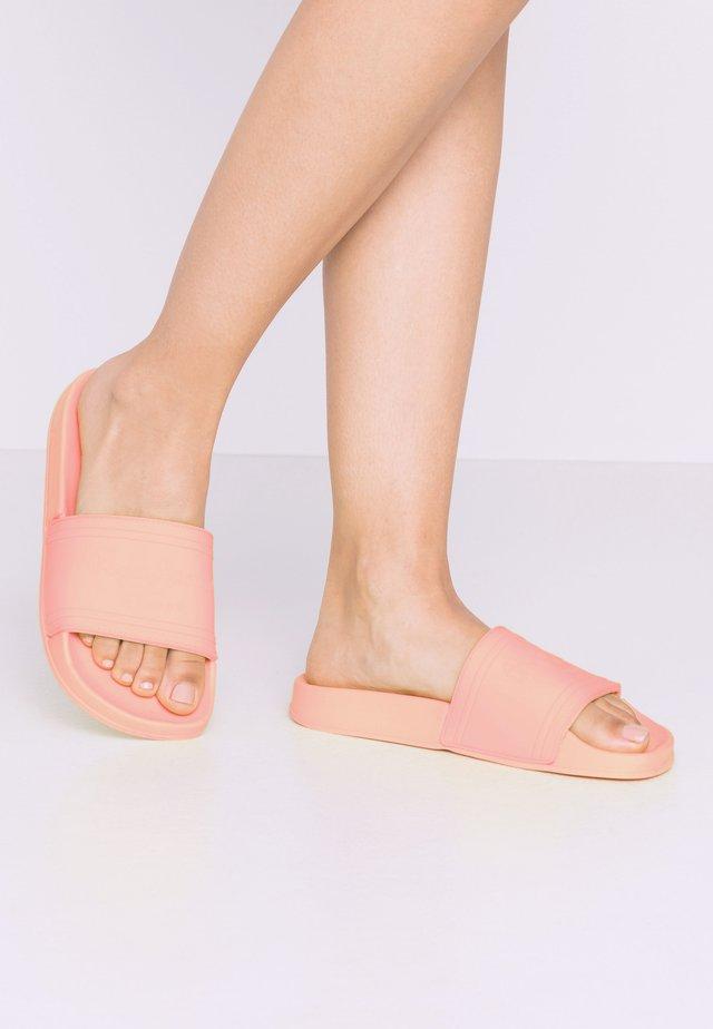 Sandały kąpielowe - coral