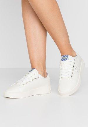 BRIXTON PREMIUM - Sneaker low - white