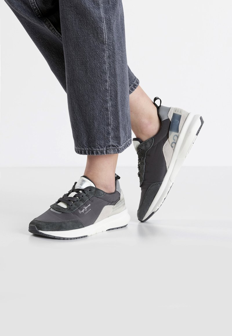 Pepe Jeans - No.22 SUSTAINABLE SNEAKER - Sneaker low - anthrazit
