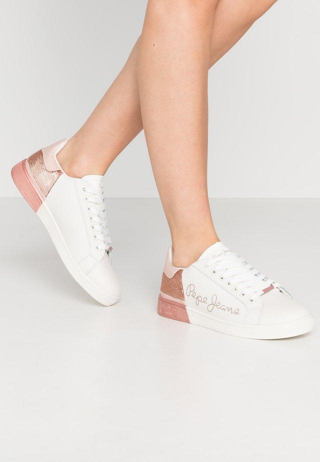 BROMPTON SEQUINS - Sneakersy niskie - washed rose