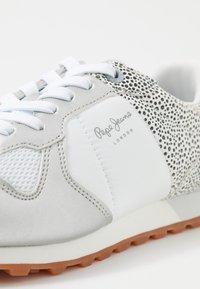 Pepe Jeans - VERONA - Zapatillas - white - 2