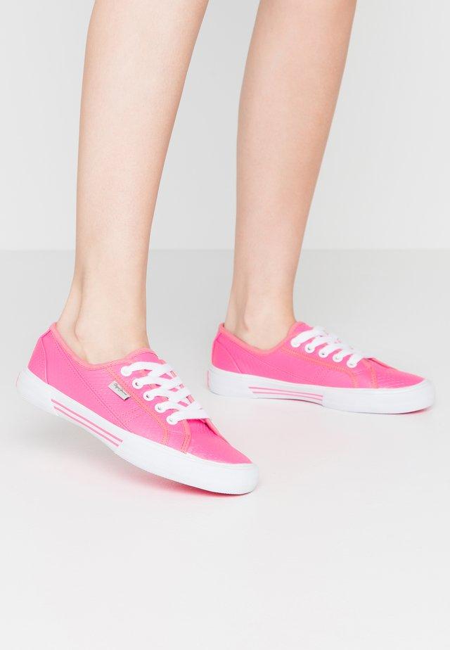 ABERLADY FLUOR - Sneakers - neon pink