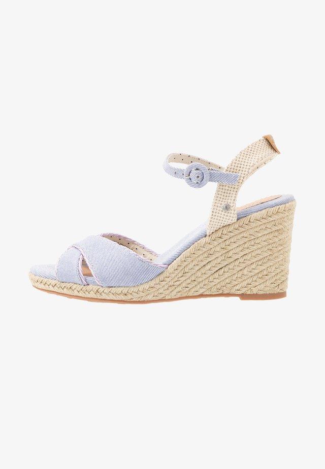 SHARK SWEET - Korolliset sandaalit - lavender