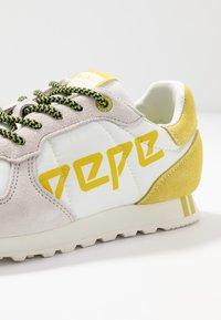 Pepe Jeans - VERONA LOGO - Baskets basses - white - 2