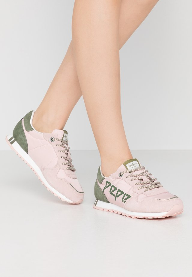 VERONA LOGO - Trainers - washed rose