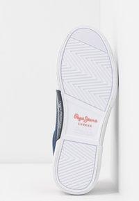 Pepe Jeans - KENTON BASIC WOMAN - Sneakersy niskie - indigo - 6