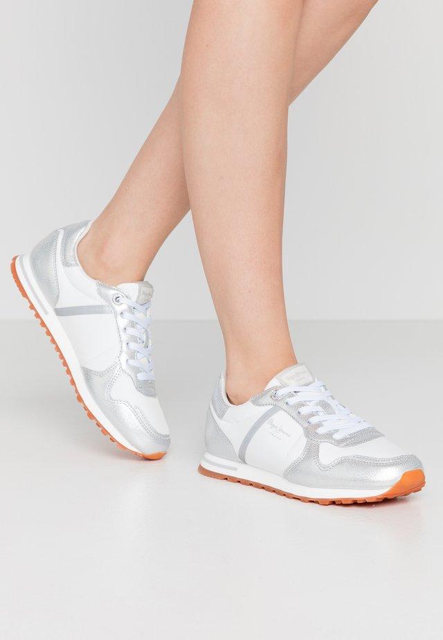 VERONA - Sneakers - silver