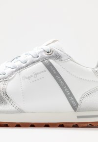 Pepe Jeans - VERONA - Trainers - silver - 2