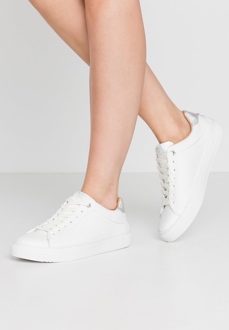 Pepe Jeans - ADAMS LOGO - Trainers - white