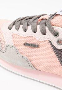 Pepe Jeans - BIMBA  - Zapatillas - pink - 2