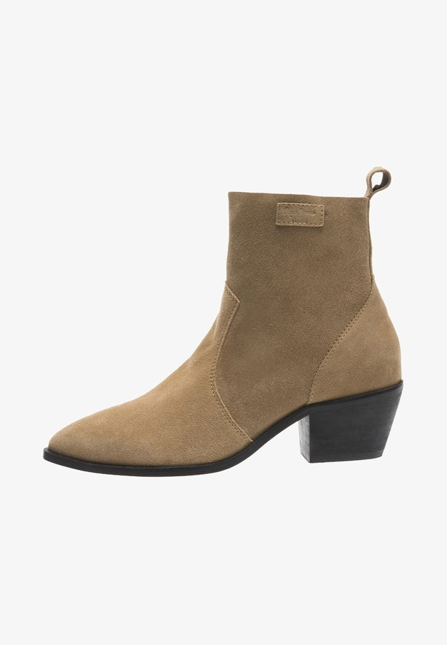 LOLA BASS - Classic ankle boots - tabaco