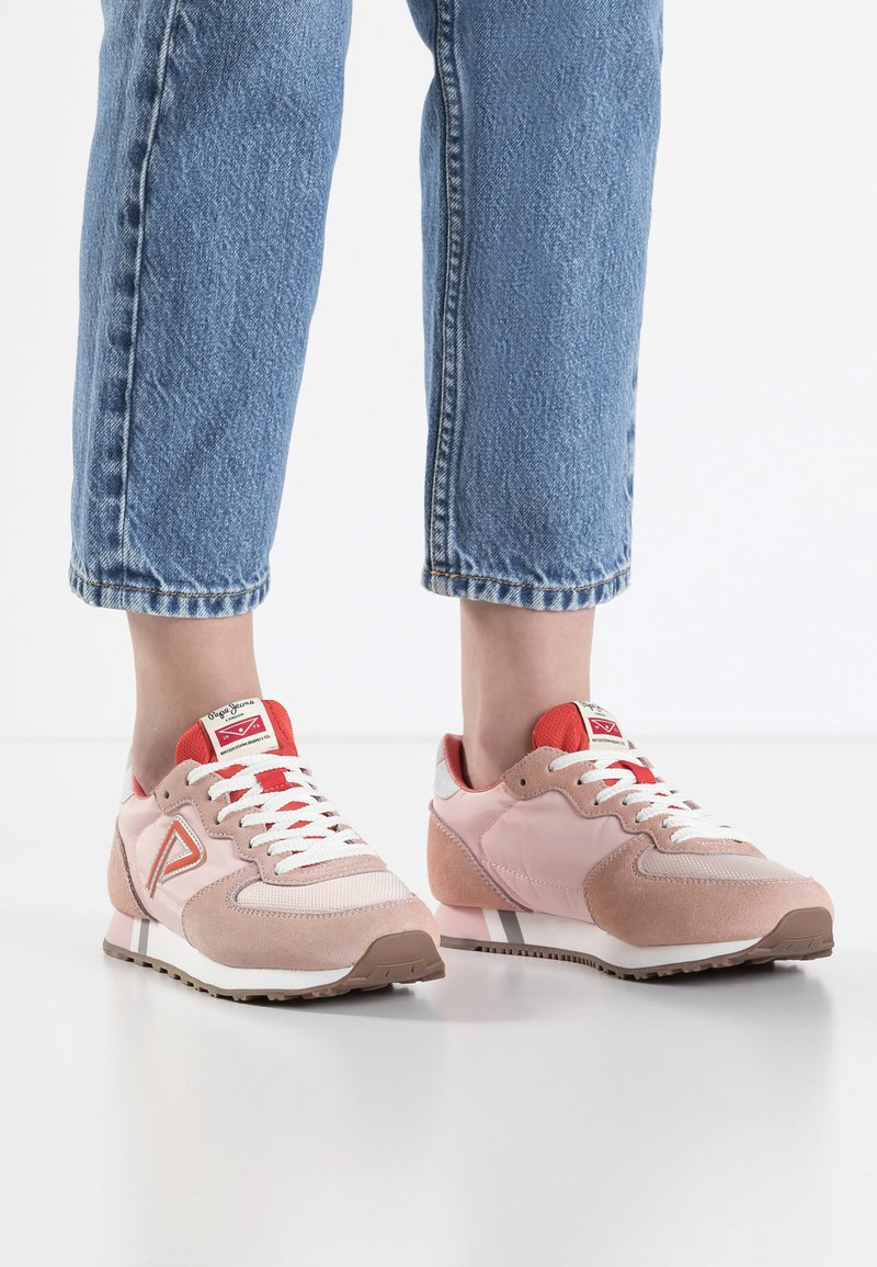 Pepe Jeans - KLEIN ARCHIVE SUMMER - Baskets basses - coral