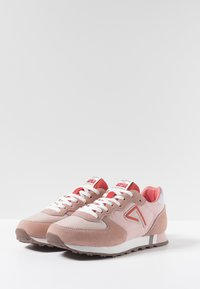 Pepe Jeans - KLEIN ARCHIVE SUMMER - Baskets basses - coral - 3
