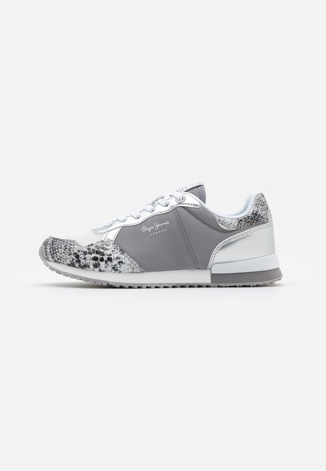 ARCHIE FUN - Trainers - silver