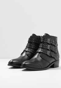 Pepe Jeans - CHISWICK LESSY - Boots à talons - black - 4