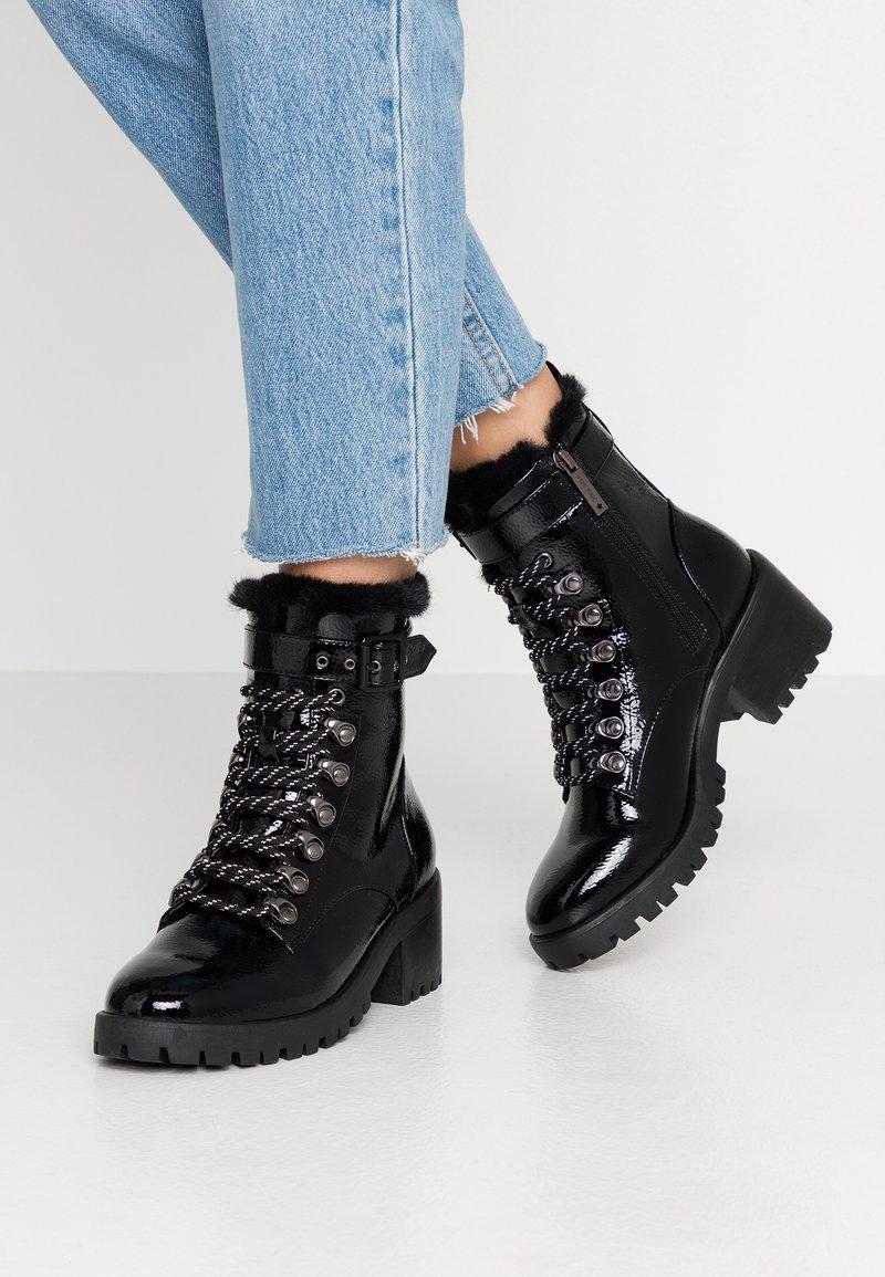 Pepe Jeans - FULHAM BASS - Botines con cordones - black