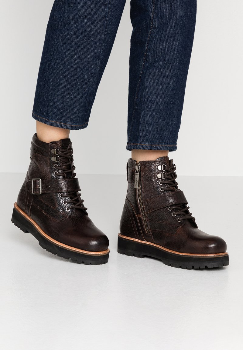 Pepe Jeans - MONTREAL TOWN - Platform ankle boots - chocolate