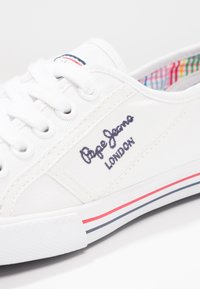Pepe Jeans - ABERLADY - Sneakersy niskie - white - 5