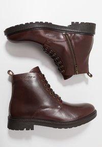 Pepe Jeans - PORTER BOOT BASIC - Snørestøvletter - burgundy - 1