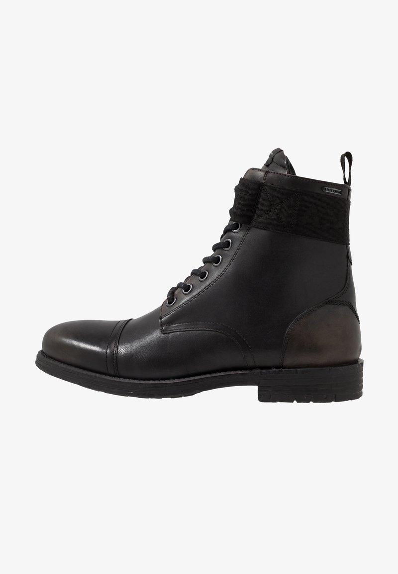 Pepe Jeans - TOM CUT BOOT - Šněrovací kotníkové boty - factory black