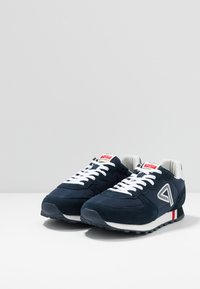 Pepe Jeans - KLEIN ARCHIVE WASHED - Trainers - navy - 2