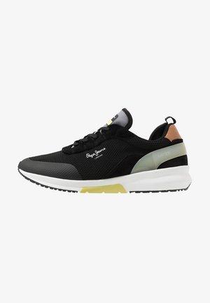 Nº22 SUSTAINABLE - Sneakers - black