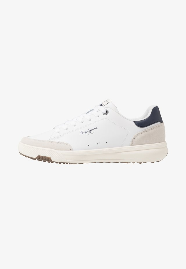 SLATE PRO BASIC - Zapatillas - white