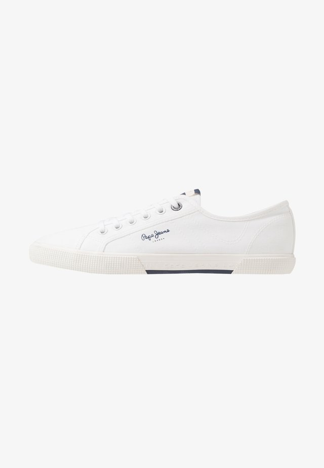 ABERMAN SMART - Trainers - white