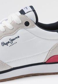 Pepe Jeans - CROSS 4 BASIC - Zapatillas - white - 5