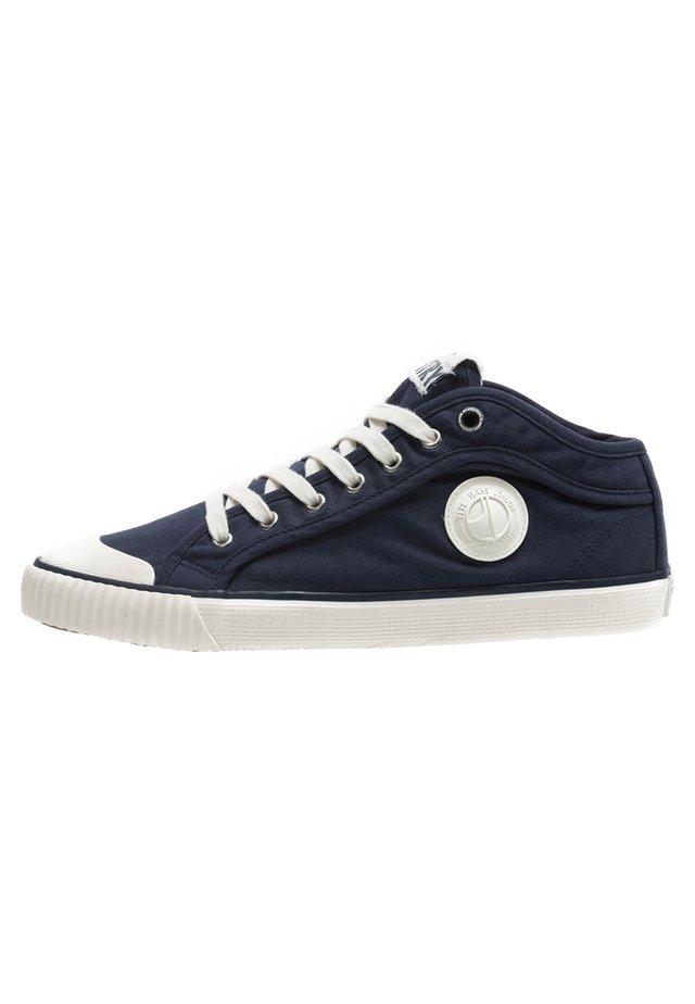 INDUSTRY CLASSIC - Sneakersy niskie - dark blue